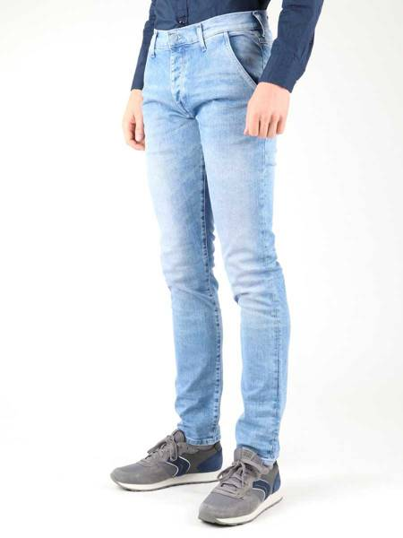 Jeanshose Wrangler Spencer W16ANW91J