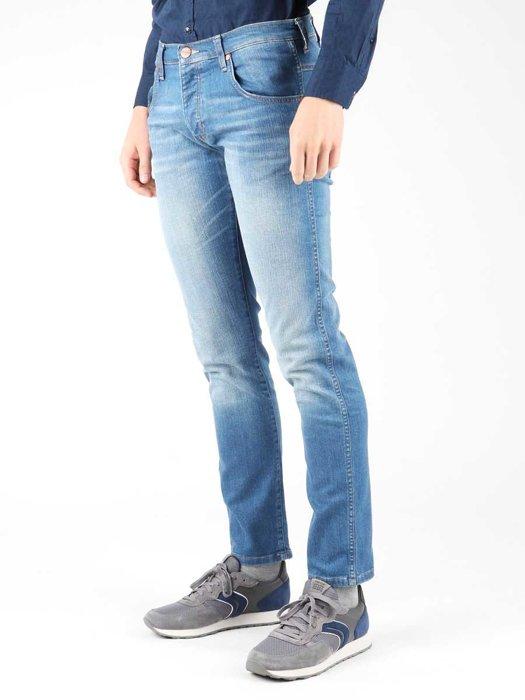 Jeanshose Wrangler Spencer W184ZA53Q